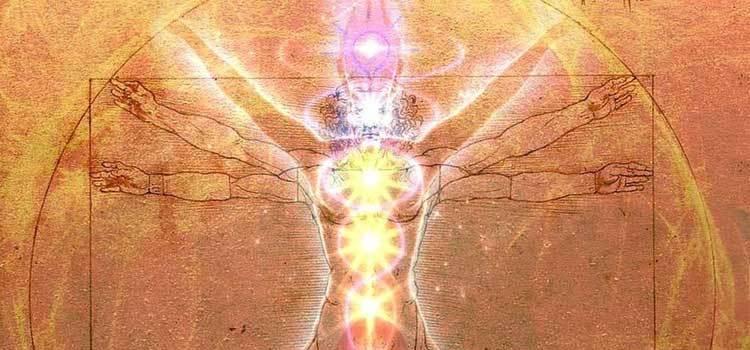 Quantum Science of Holistic Therapies_vitruvian man chakras