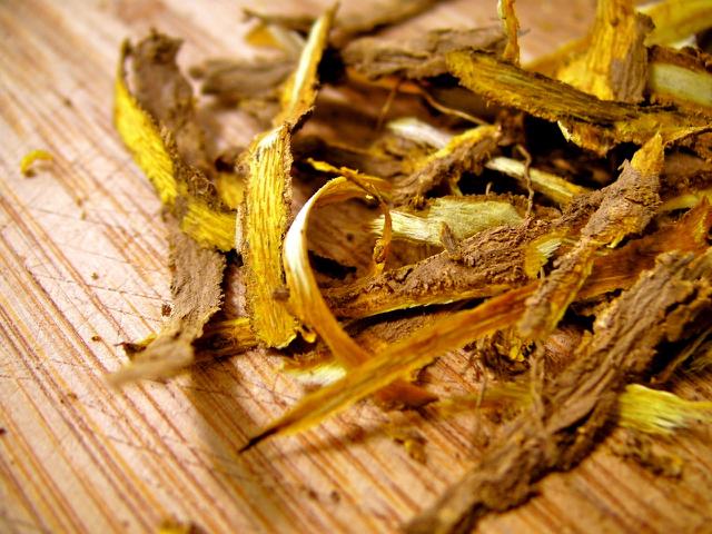 The Health & Beauty Benefits of Oregon Grape Root_Oregon grape root