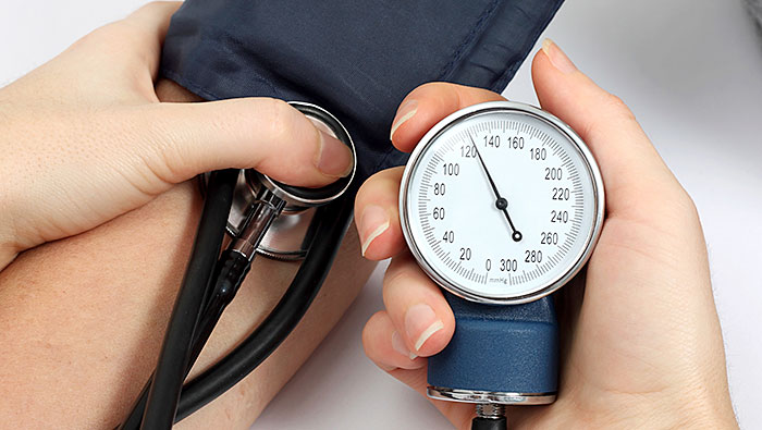 Vitamin D Versus High Blood Pressure_measuring blood pressure