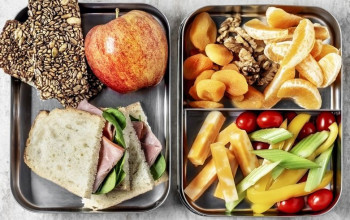 Chemotherapy and your diet_lunch-box